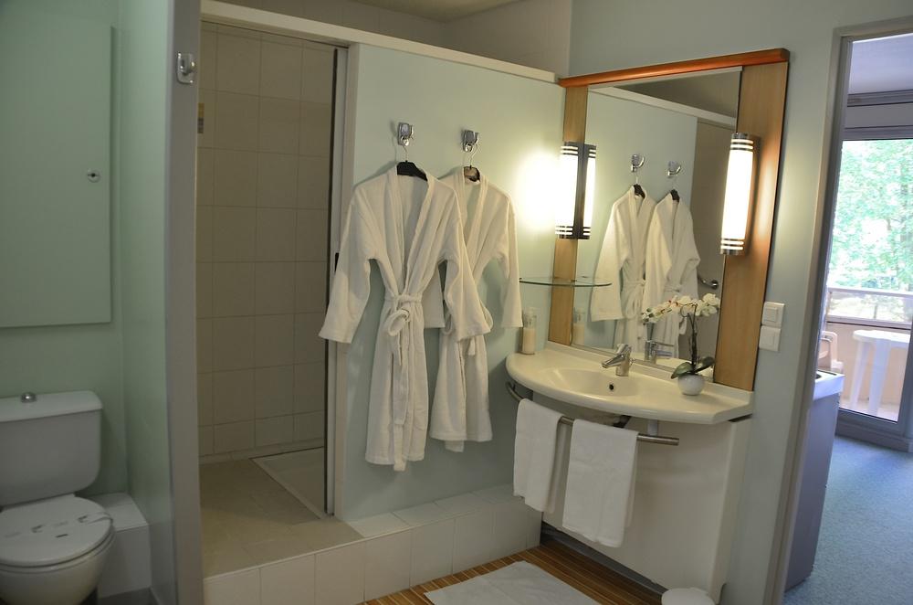 Dax Hotel - T1 SDB 5.jpg