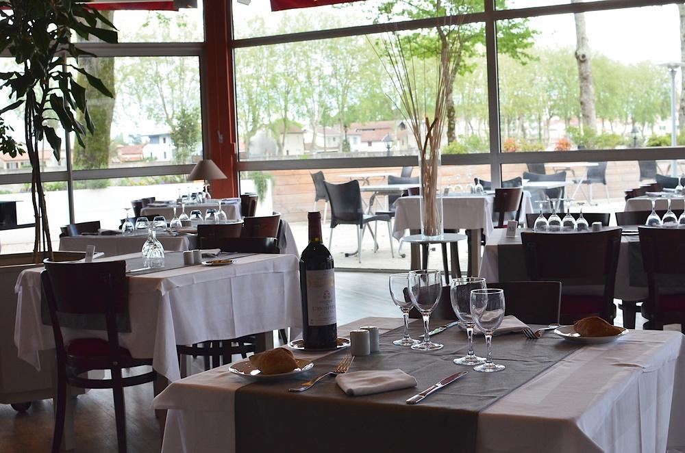 Dax Hotel - Restaurant 26.jpg