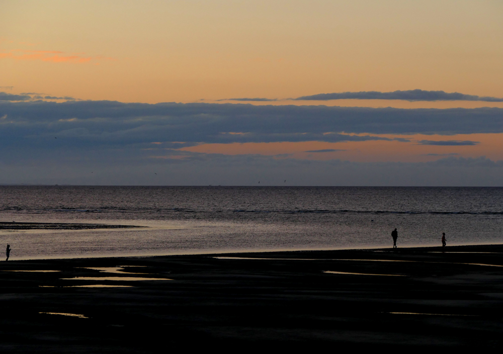 Lucy, Russ and Zack - Findhorn Beach