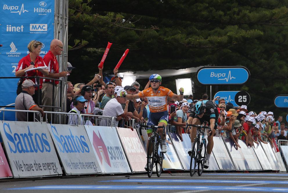 Orica GreenEdge rider Simon Gerrans wins stage 4 into Victor Harbor