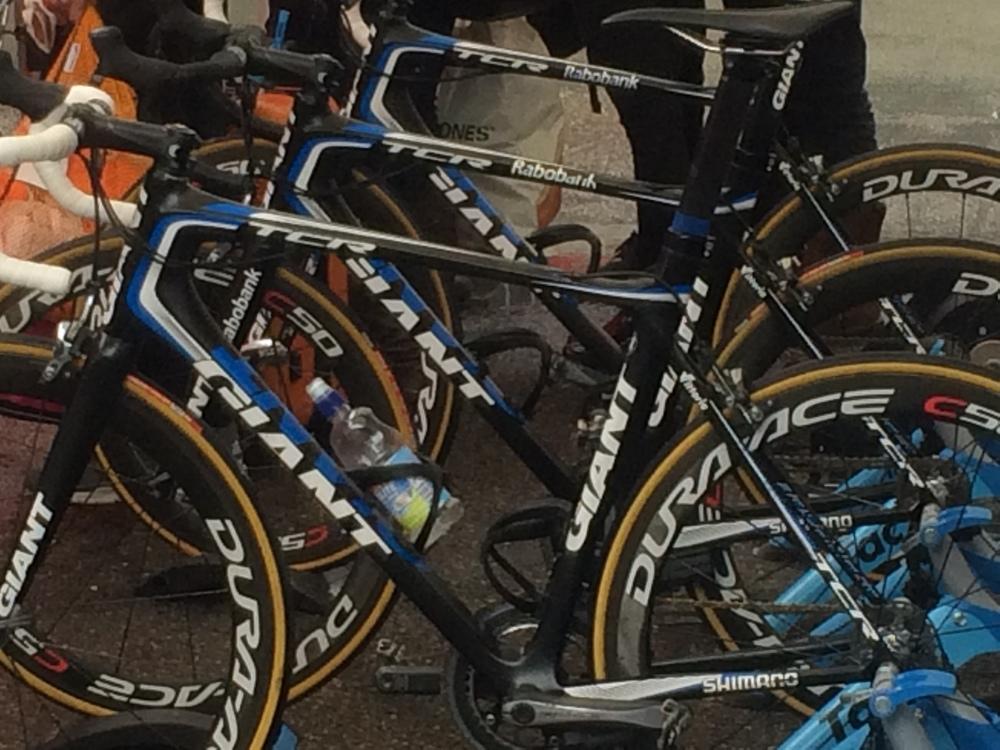 The dutch bike garage