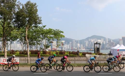 The 50km and 30km rides offer a precious opportunity for cyclists to pedal through various iconic landmarks in Hong Kong Cyclothon 2017