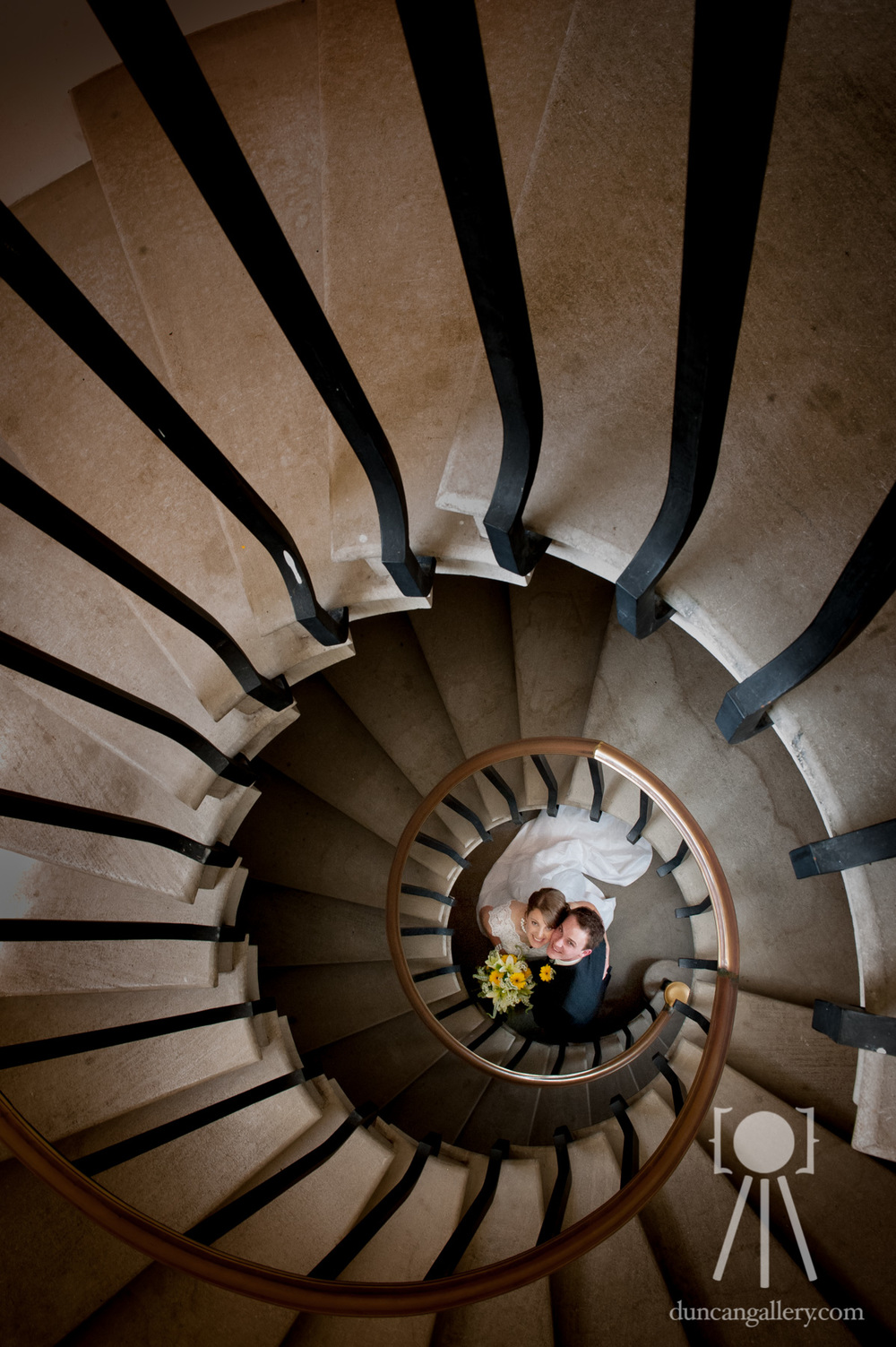 Bride U0026 Groom In Spiral Staircase   Missouri Wedding Photography