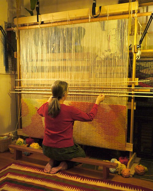 "Stephanie Hoppe weaving ""Like a River"" with Rio Grande hand-dyed Rug yarn"
