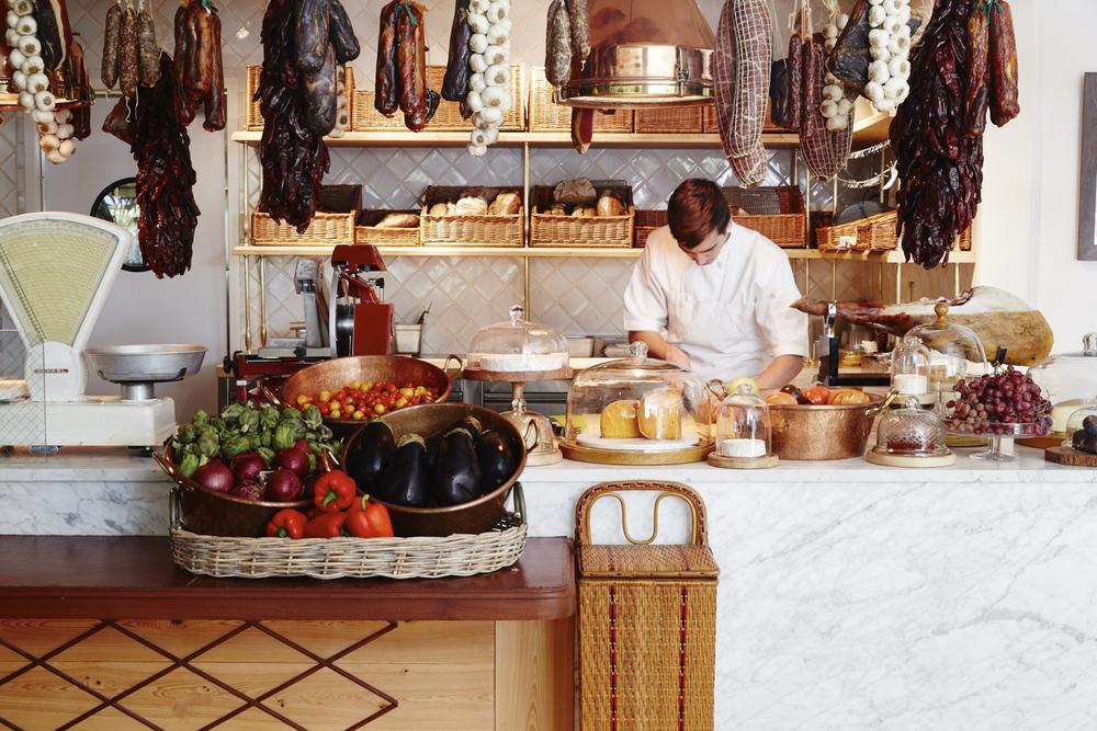 Restaurants_3.jpg