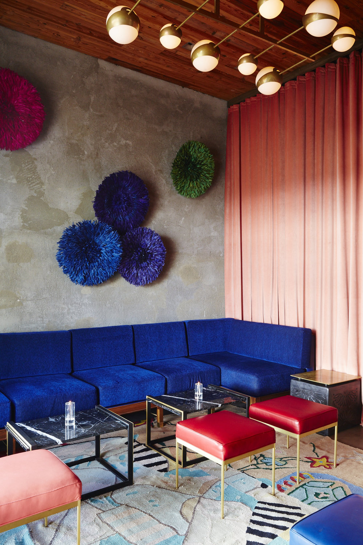 The_Capri_Lounge_27.jpg