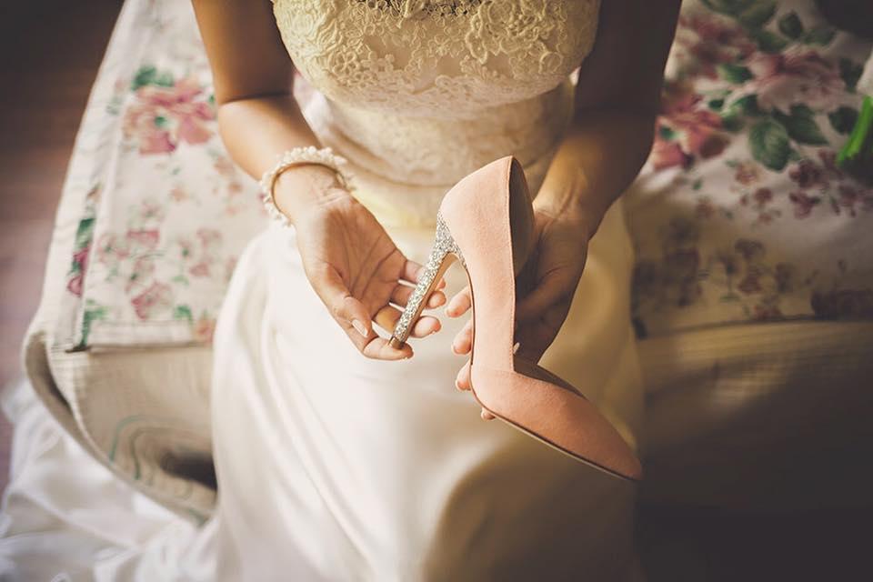 Diseña los zapatos que quieras desde cero: modelo, piel, tonos... se pueden personalizar hasta con el nombre. Foto:  Facebook UniqShoes