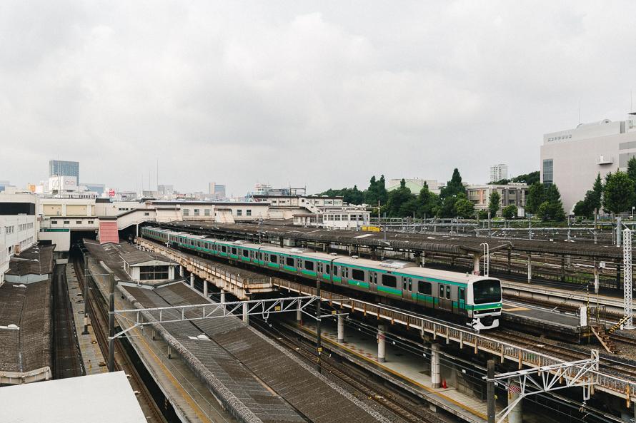 tokyo-train-stration.jpg
