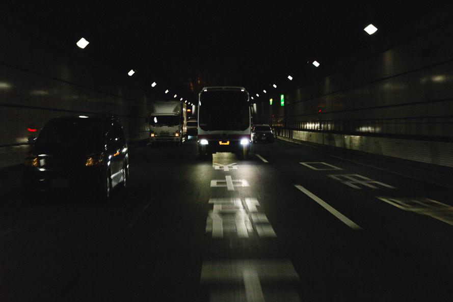 tokyo-bus-tunnel.jpg