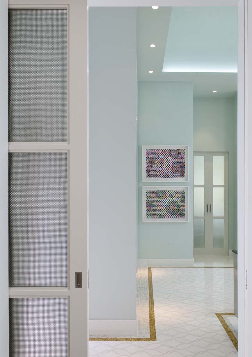 Entry to Master Bath