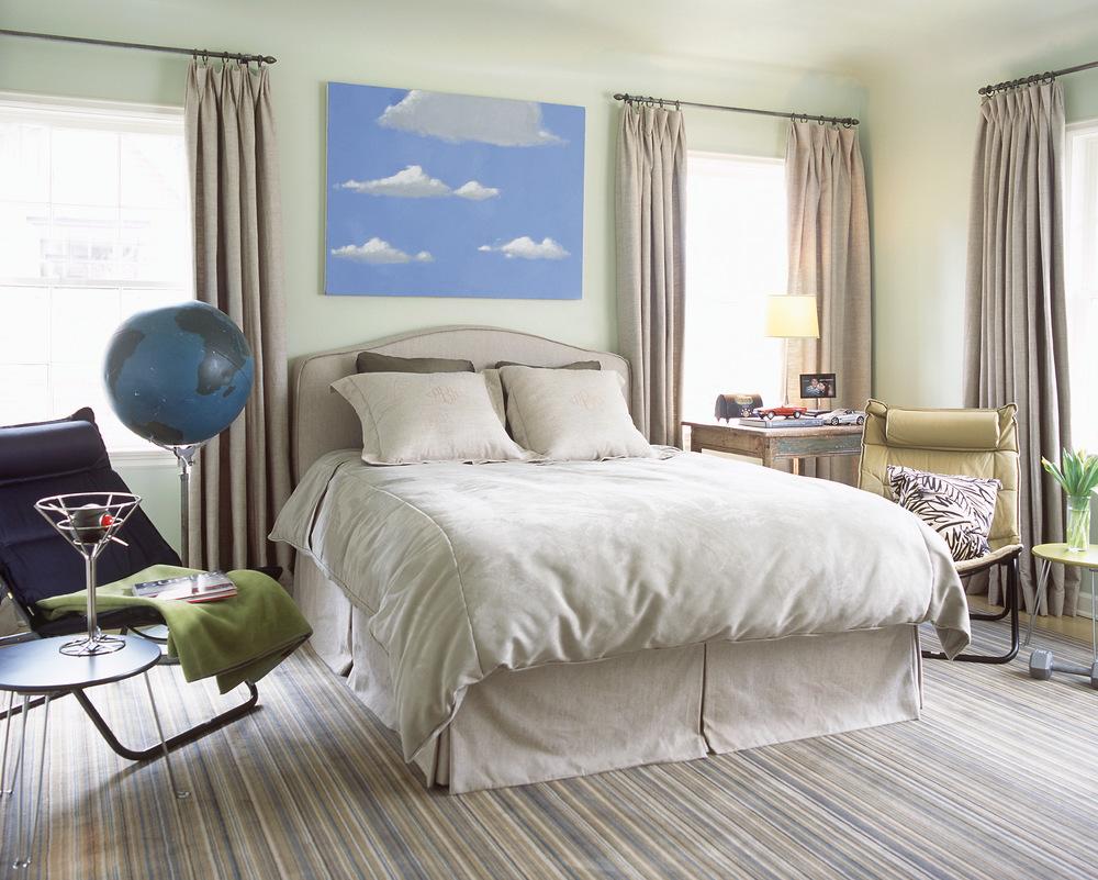 Highland Park Tudor Guest Room