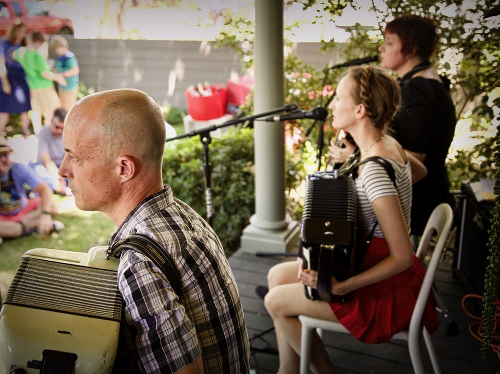 Porch Concert May 2017 10.jpg