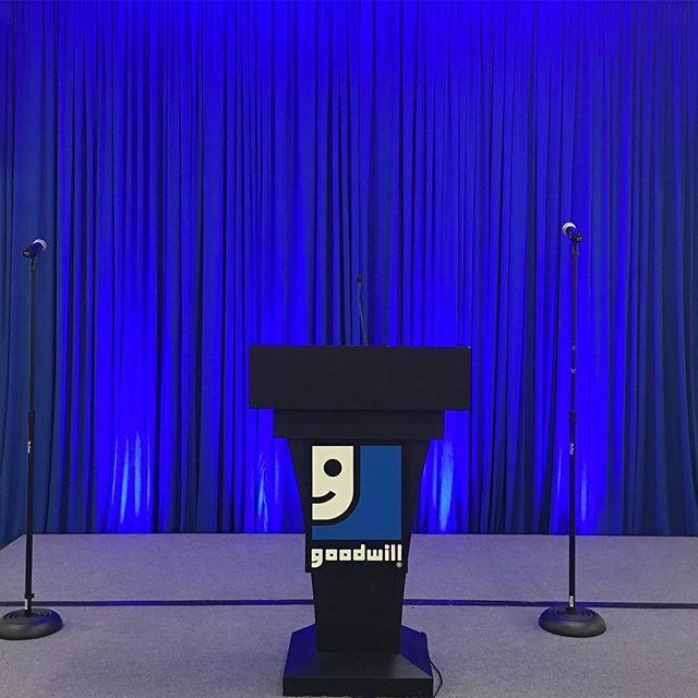 Here is our Cobalt blue set as a backdrop for a corporate event. Corporate events don't always have to be in black and grey drape. We love when our clients get creative! #drape #pipeanddrape #drapery #eventdecor #corporateevents #unique #eventideas #uniqueeventelements