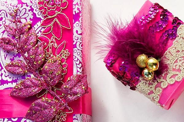 diy christmas holiday gift wrap fashion designer inspired oscar de la renta pink