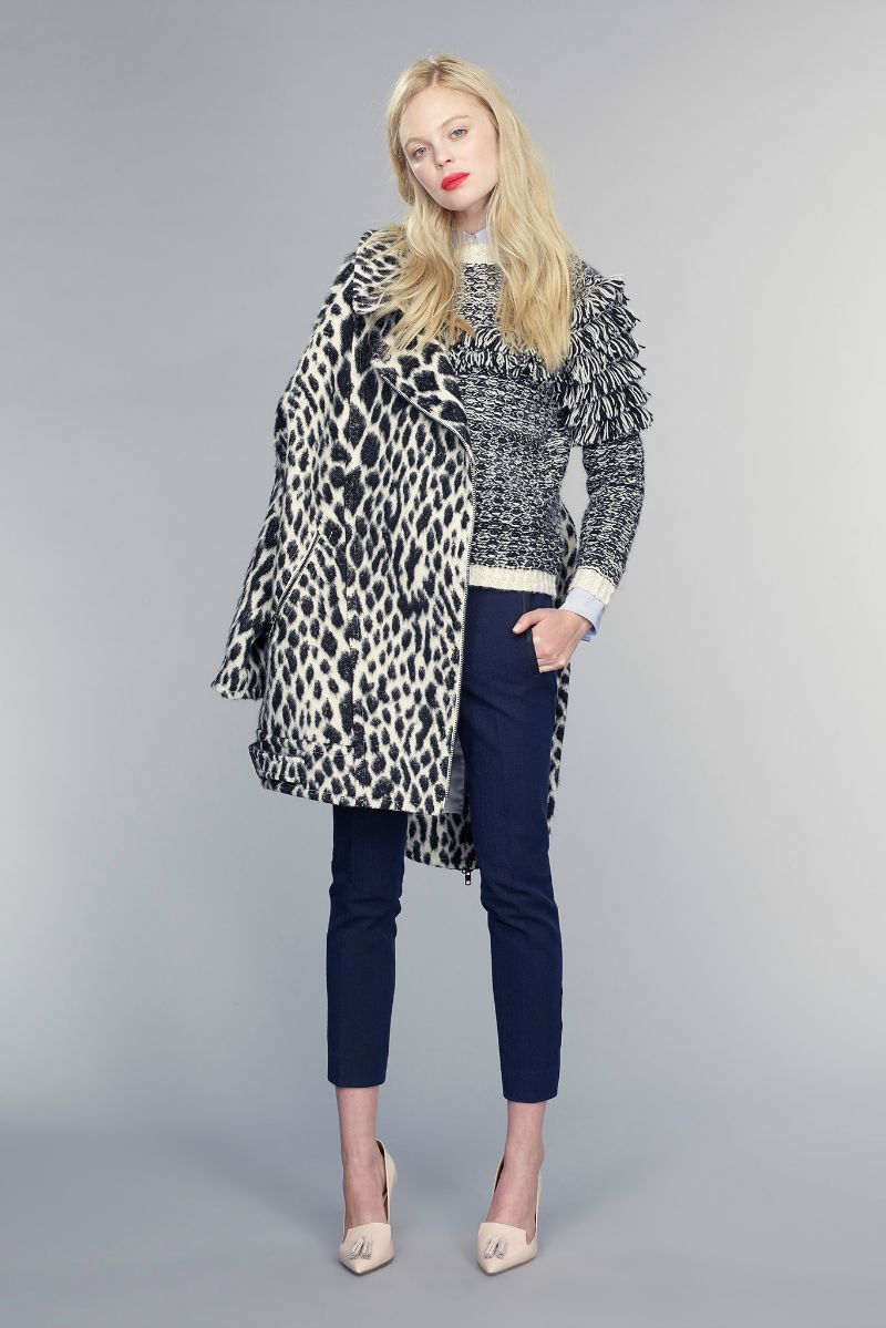 banana republic fall 2015 ootd outfit black and white spotted cocoon coat
