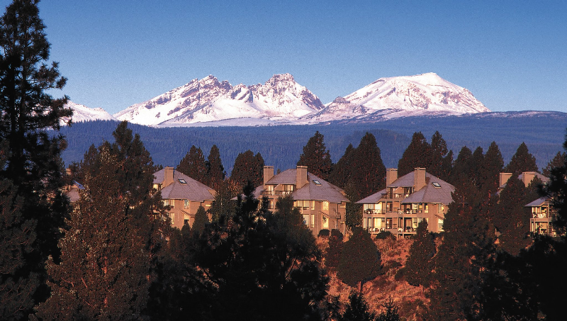 MT_BACHELOR_VILLAGE_RESORT_SKI_REVIEW_BEND_OREGON