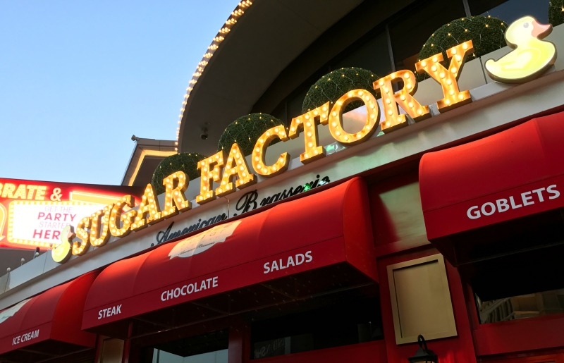 HOW-TO-CELEBRATE-BIRTHDAY-LAS-VEGAS-SUGAR-FACTORY-FASHION-SHOW-MALL-LOCAL-FUN-TO-DO