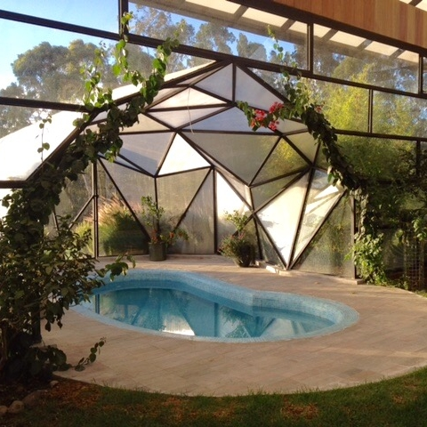SARITA  enclosed greenhouse with mini pool and changing rooms