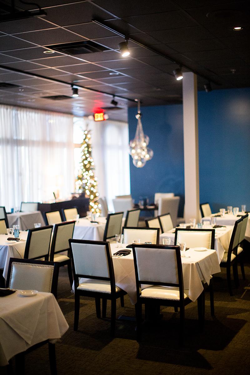 Main Dining-Blue Wall.jpg