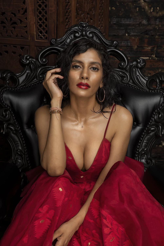 Red Dress8.jpg