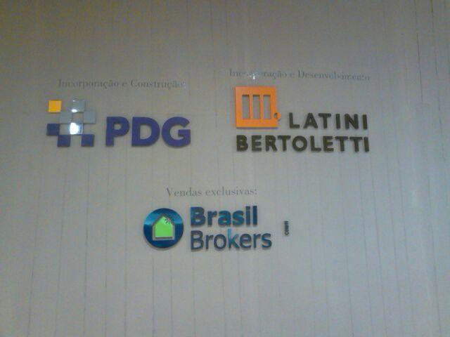 Incorporadora : PDG | Empreendimento : Niemeyer - Monumental