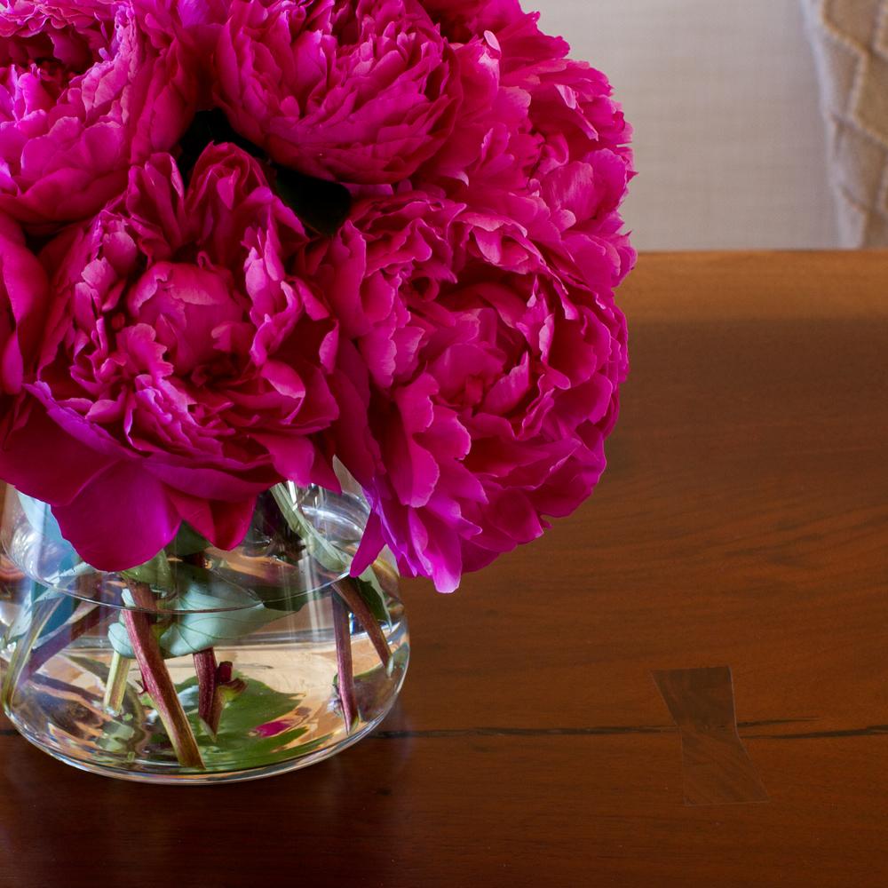 HG vase w. peonies instagram.jpg