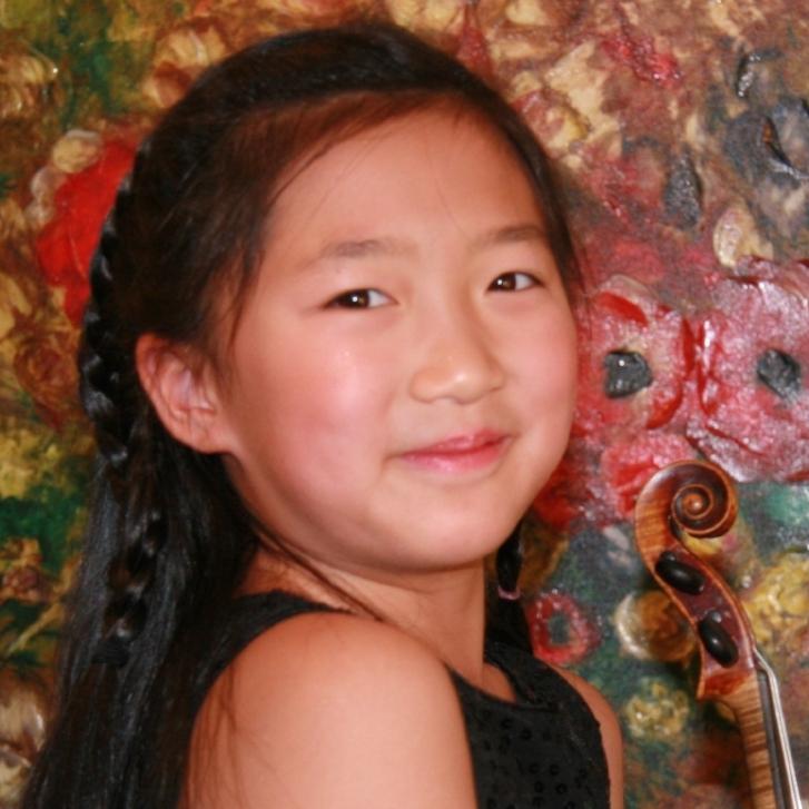 Corina Deng - Violin