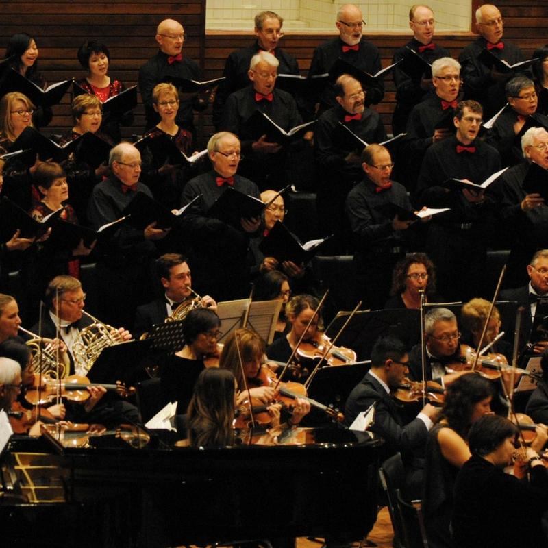 roca-orchestra-chorus.jpg