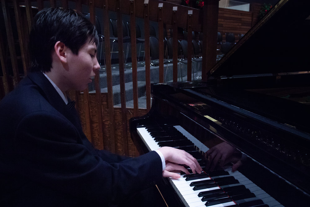 Joshua Tromans - Piano