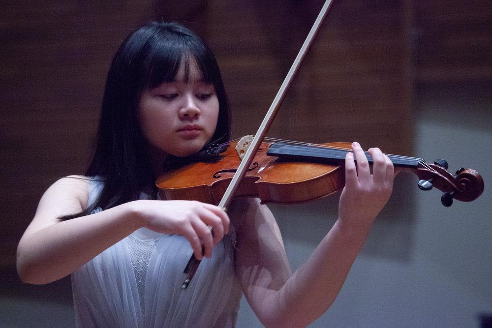 Hsin Lin Alice Lee -小提琴
