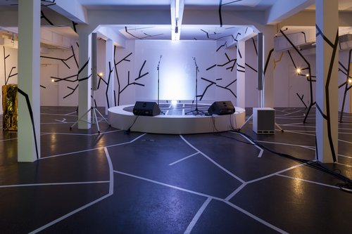ordinary freaks – The Principle of Coolness in Pop Culture, Theatre and Museum ,2014, exhibition view, Künstlerhaus, Halle für Kunst & Medien, photo: Markus Krottendorfer