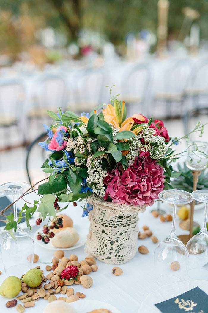 frida-kahlo-inspired-italian-peony-floral-boho-wedding-inspiration26.jpg
