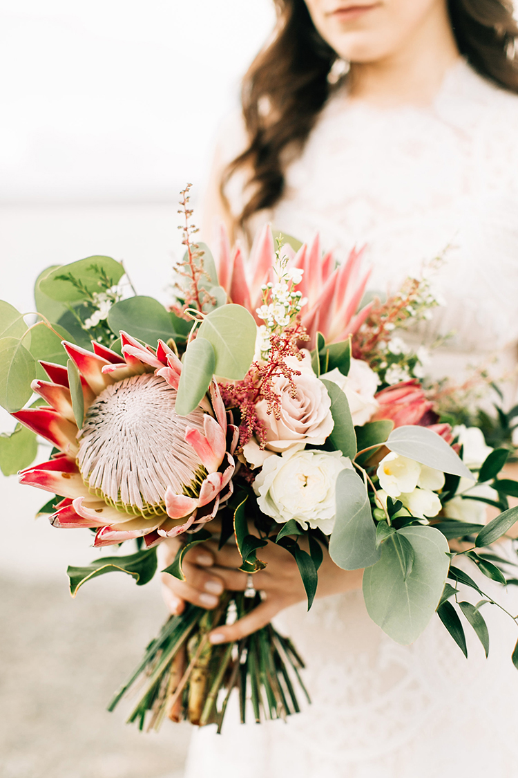 boho-pacific-northwest-forest-wedding-with-king-protea-16.jpg