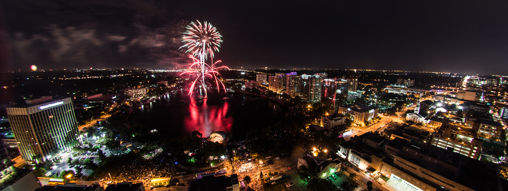 photo credit:1-2014-fireworks-at-the-fountain-lake-eola-rooftop-view-fourth-of-july-fireworks-orlando-personal-photography-by-photos-by-chris-martin