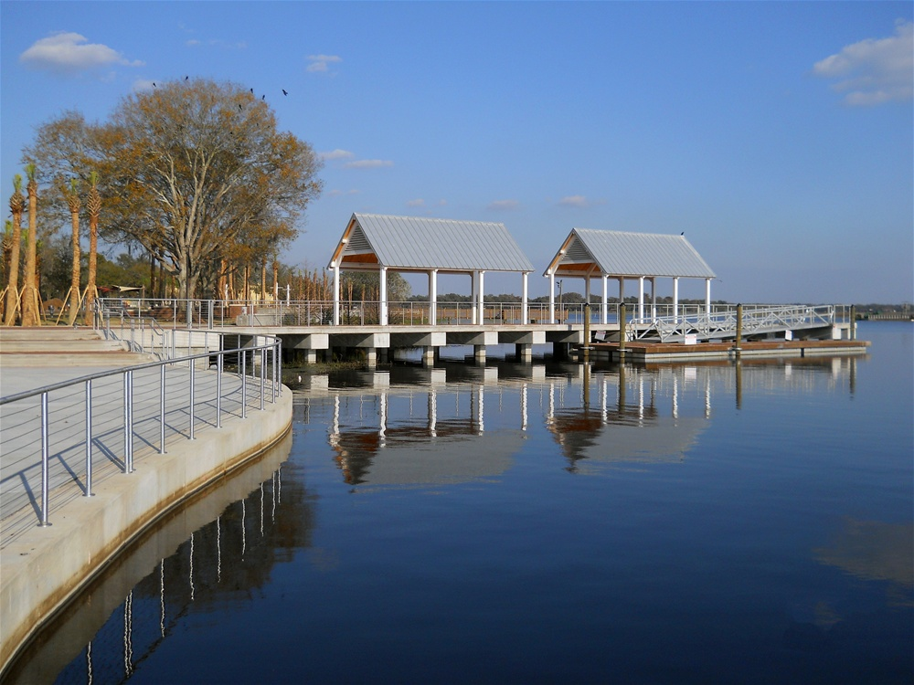 Lake Front Park - photo credit: http://www.burkhardtconstruction.com/kissimmee-lakefront-park
