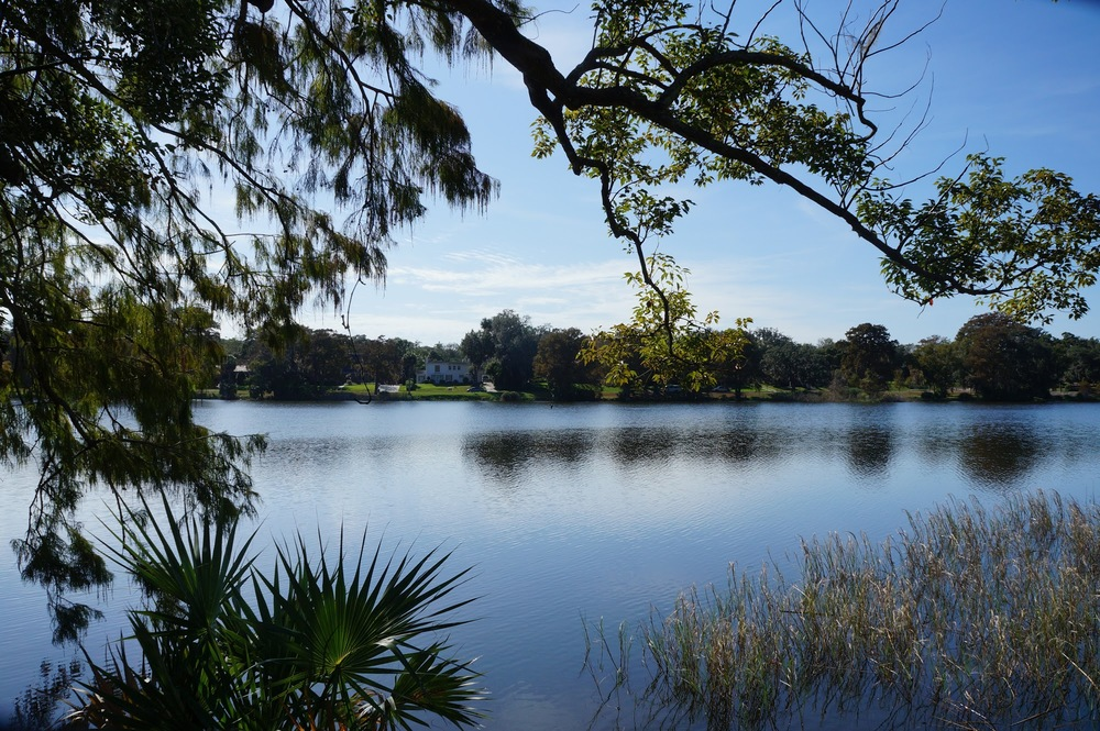 Lindo Lago da região - photo credit: activerain