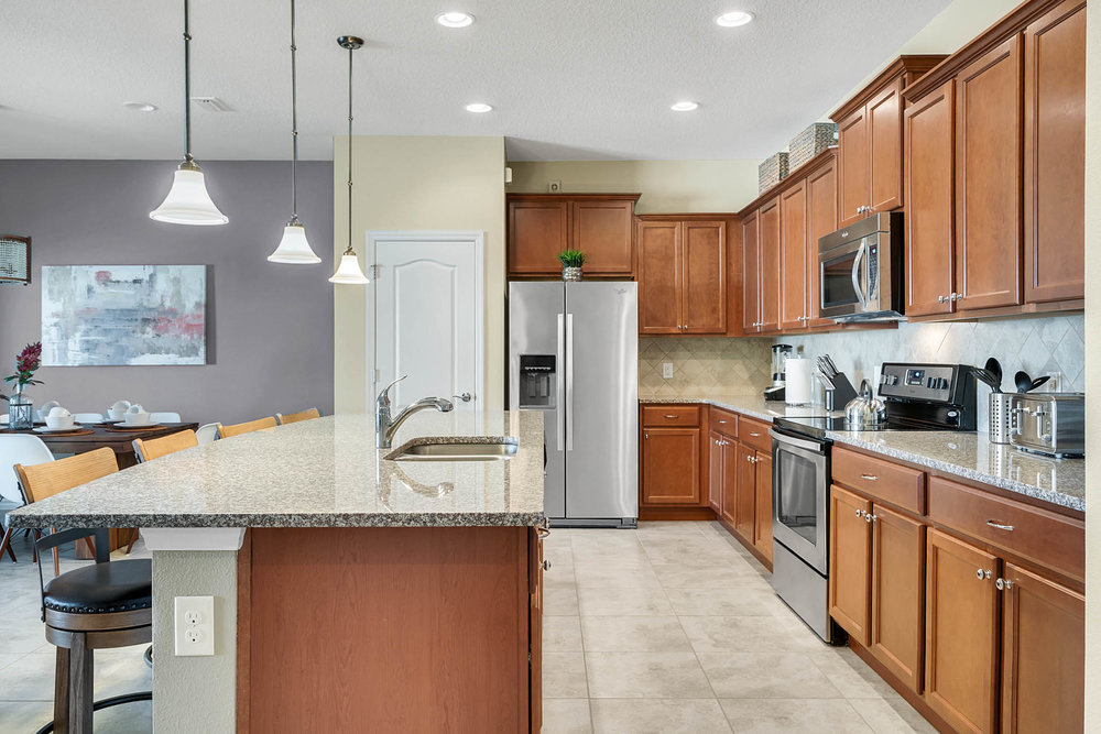 1921 Majorca Dr, Kissimmee FL 34747 - 16 - Kitchen.jpg