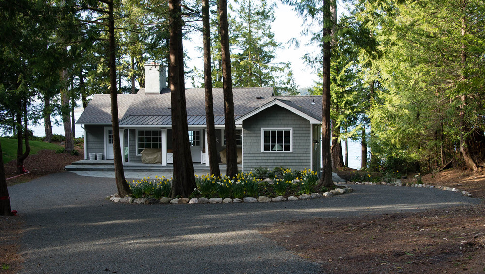 Friday Harbor, San Juan Island - Davidson Head Custom Guest House Exterior with Driveway