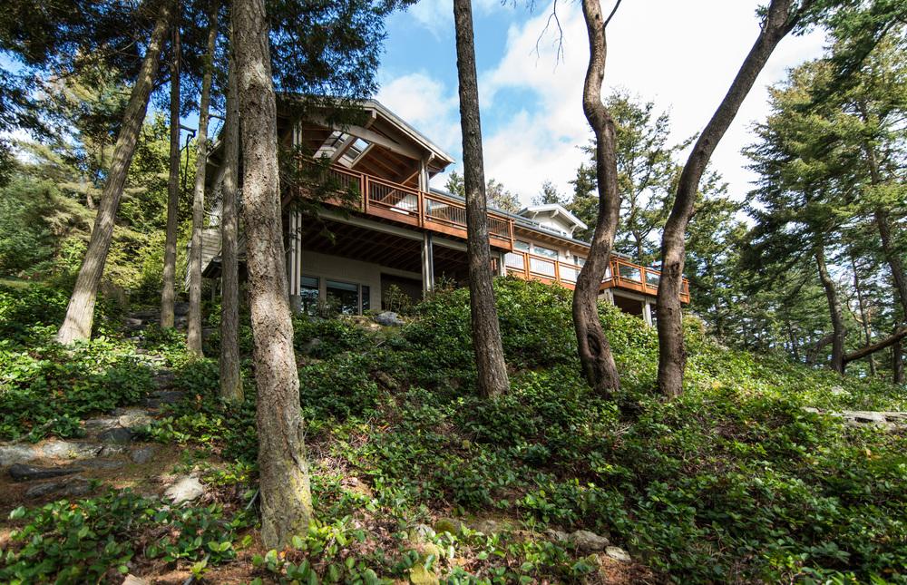 Adelberger Island Home