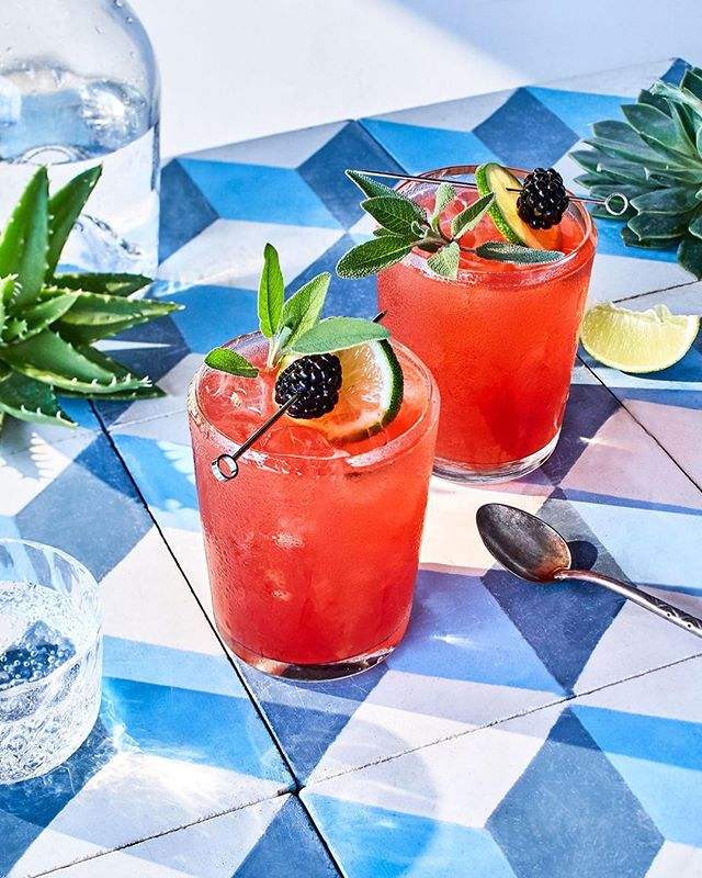 Let the weekend begin! 🍹🍹 #summerfridays 📷: @gentlandhyers  Styling ✨: @eugenejho + @pameladuncansilver  #artdirection by me!