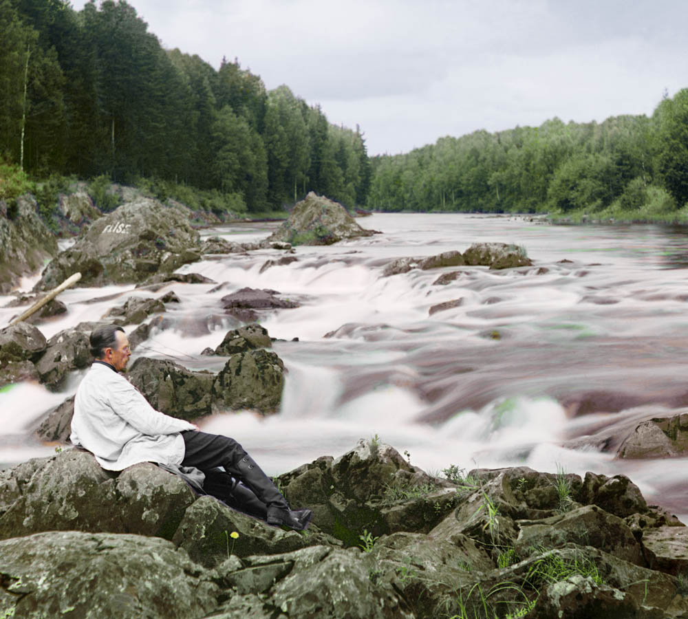 Prokudin-Gorskij self portrait at the rapids, 1912