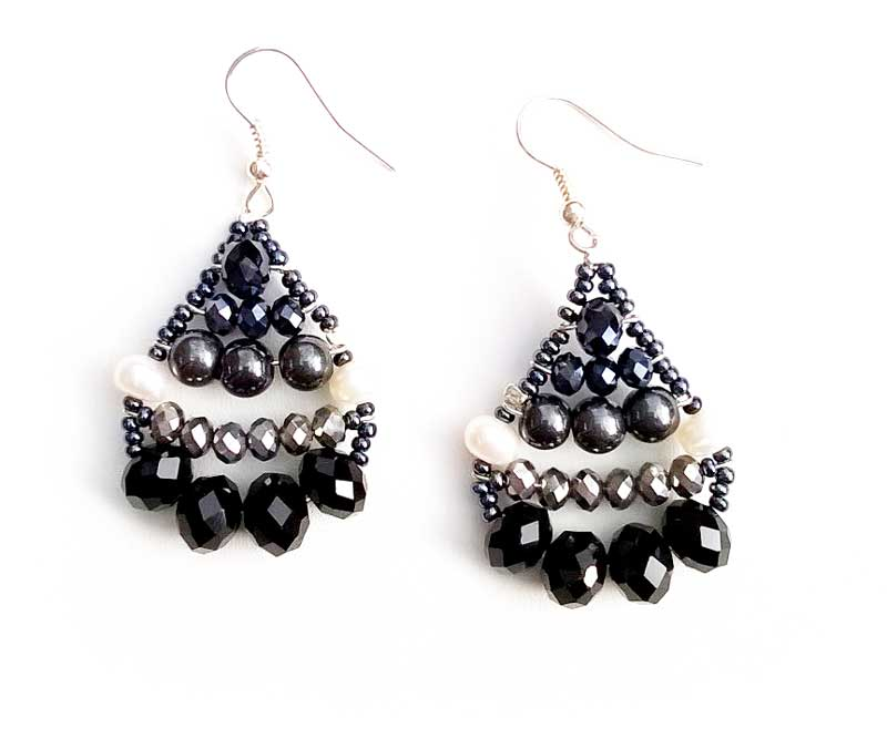 Little Mermaid Hematite & Pearl - earrings