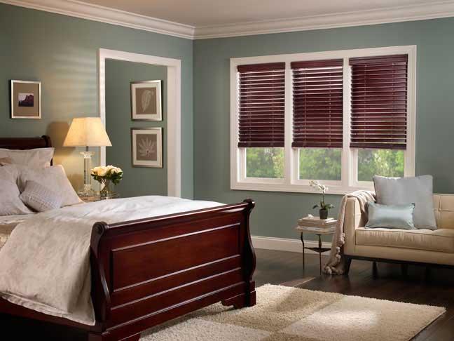 venetian blinds.jpg