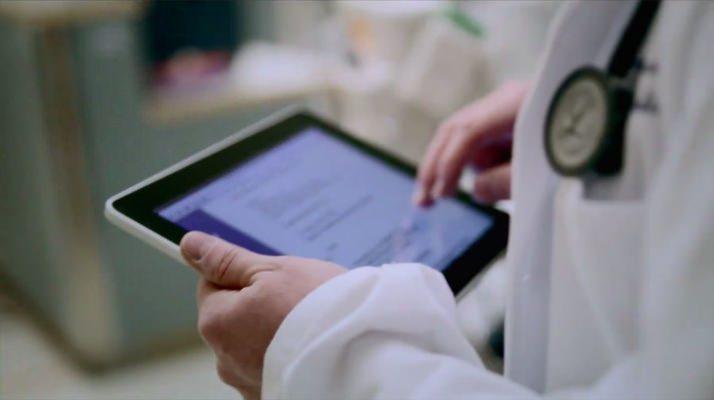 doctors computer.jpg