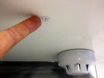 Size of Air Sampling Head in Comparison with a Standard Smoke Detector