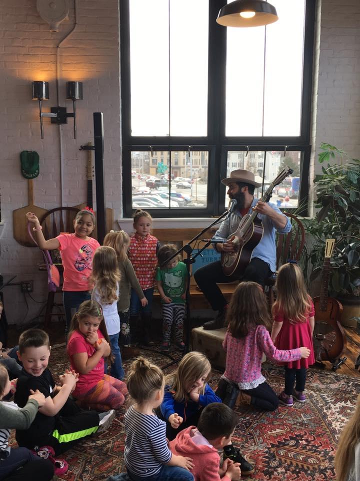 kids sing and play.jpg