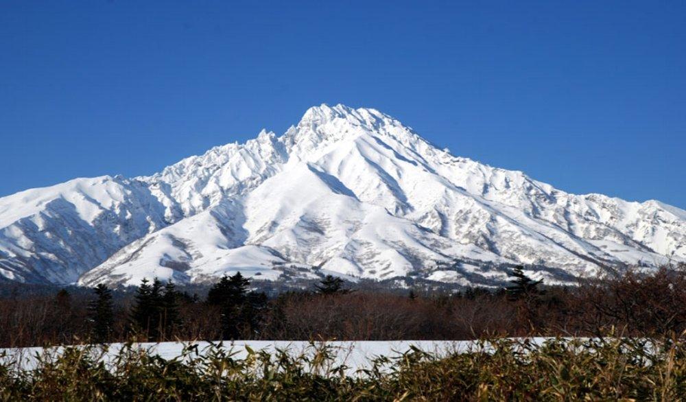 Climb & Ski Rishiri, Yotei & Asahi Dake