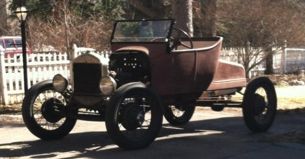 1925 Ford Model T Roadster with Ford Model A Running Gear currently bound for Oxford, England (Slick)
