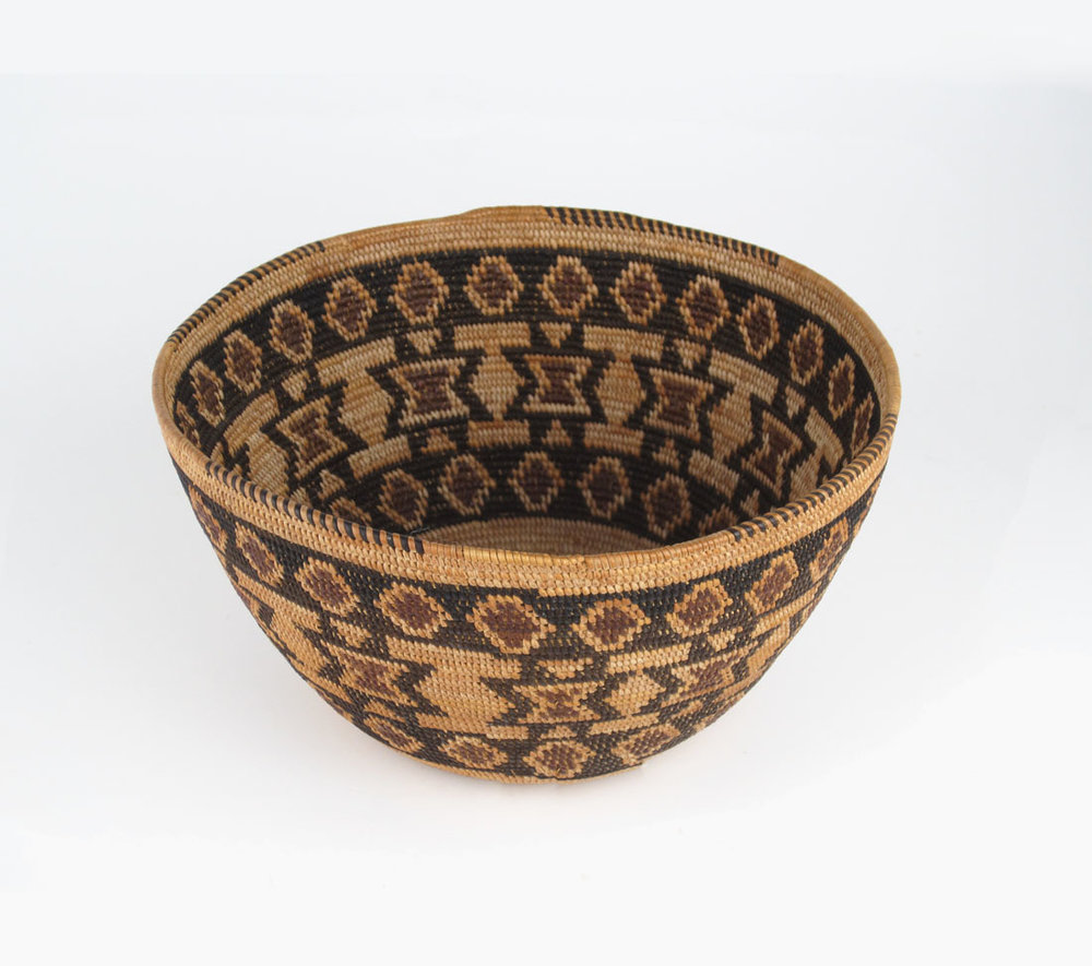 Yokuts polychrome bowl by Sally Edd http://www.marcyburns.com/baskets-collection/yokuts-polychrome-basketry-bowl
