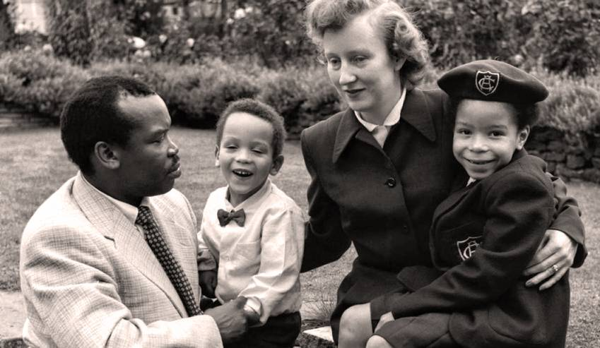 Ruth And Seretse Khama with Oldest Daughter, Jackie and First Son, Present-day Botswana president Ian Khama in Croydon, England in 1956 (Hulton-Deutsch Collection/Corbis)
